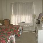 Oatman room 2